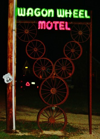 Wagon Wheel Motel Neon